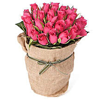30 Pink Roses: Anniversary Flowers to Australia