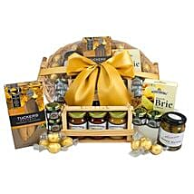 Gourmet Sweet N Savory Hamper: Birthday Gifts to Brisbane