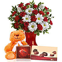 Valentine Special Combo: Valentine's Day Flower Delivery in Australia