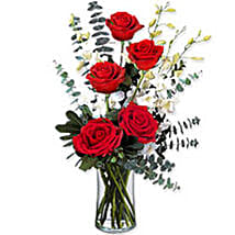 Je Taime Paris BHRN: Rose Day Gift Delivery in Bahrain