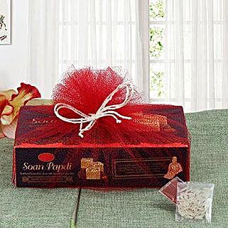 Soan Papdi Sweetness: Canadian Gifts for Men