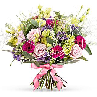 Bold Romance: Send Flowers to Germany