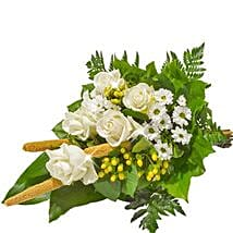 Sympathy Bouquet in White: Send Birthday Gifts to Munich