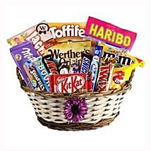 Best Treats Basket: Send Gifts to Hungary