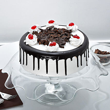 Blackforest Cake 2kg Eggless
