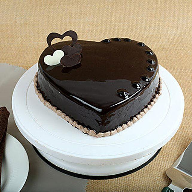 Chocolate Hearts Cake half kg Eggless