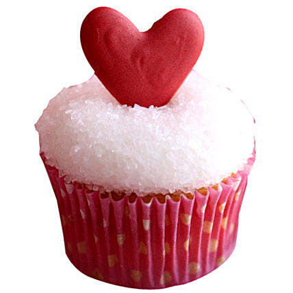 Classic Valentine Heart Cupcakes 12 by FNP