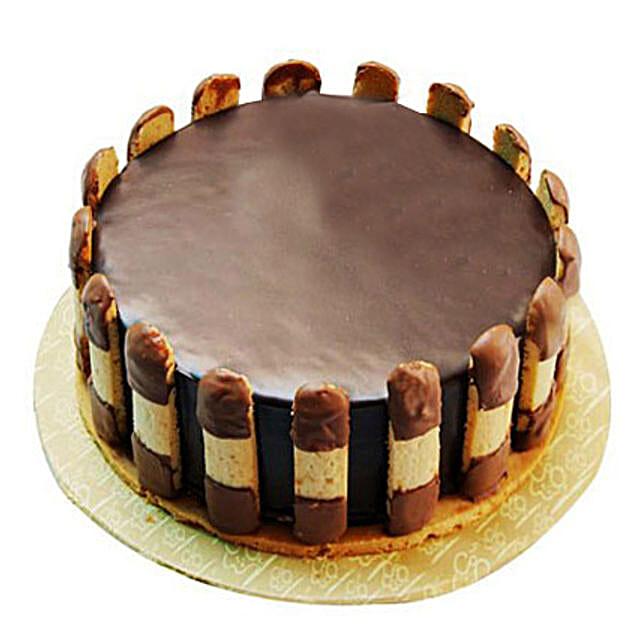 Crunchy Chocolate Cake Half kg Eggless