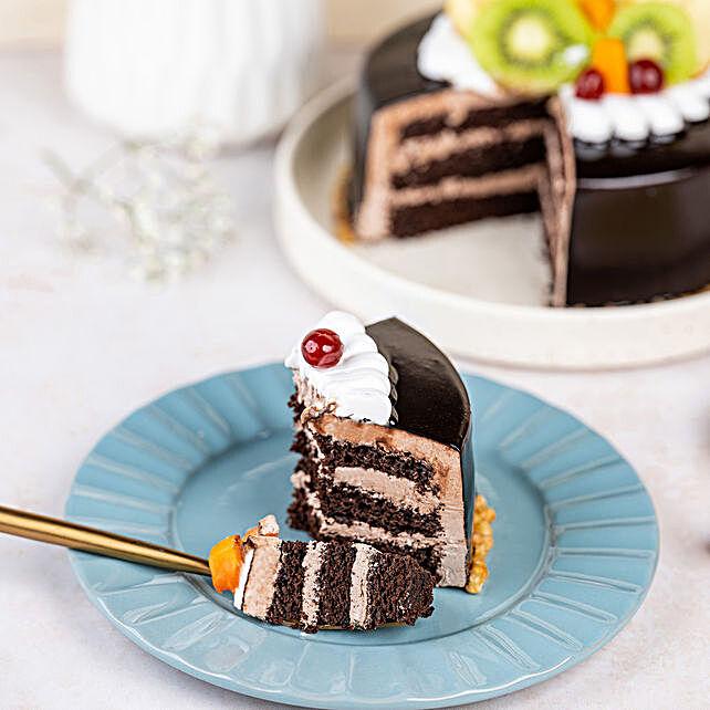 Fruit Chocolate Cake Half kg