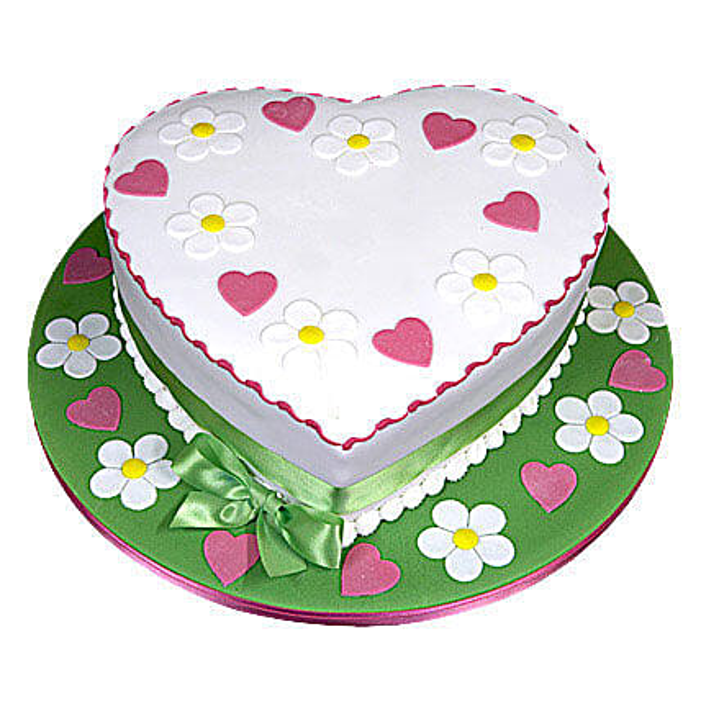 Heart Shape Designer Cake 1kg Vanilla