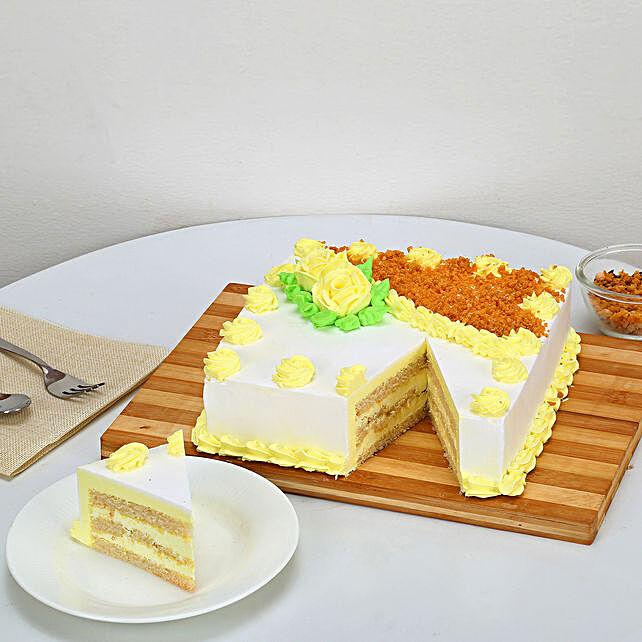 Rectangular Butterscotch Treat 1kg Eggless