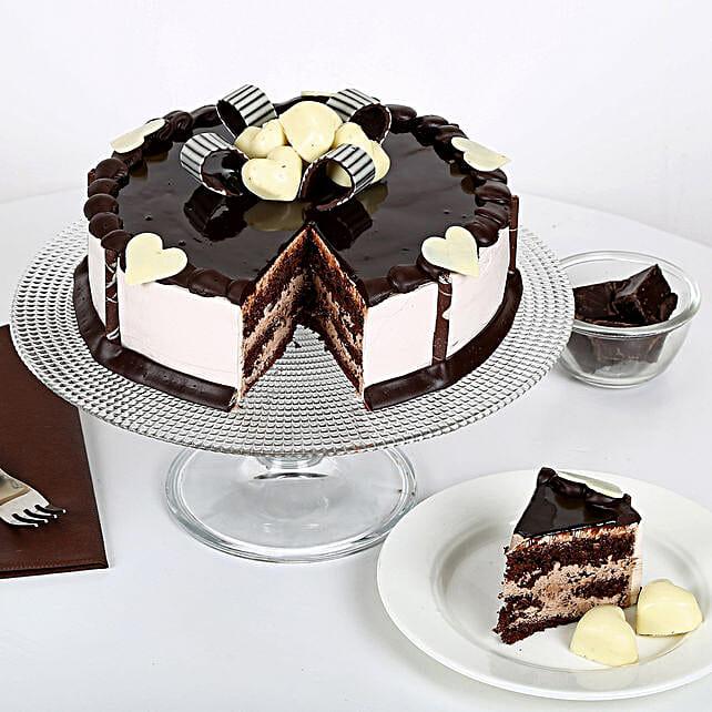 Stellar Chocolate Cake 2kg Eggless