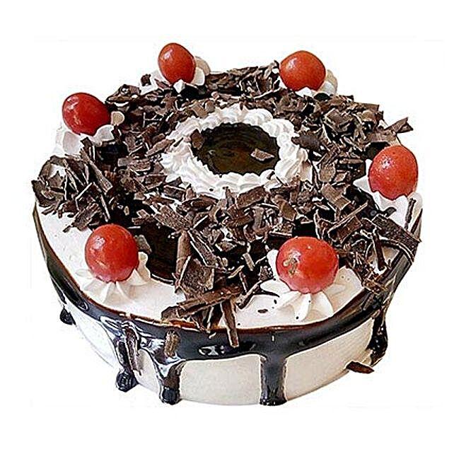 Yummiez Black Forest Cake 2 Kg
