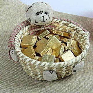 Basket of Chocolaty Delight: Send Valentines Day Gift Baskets