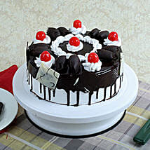 Black Forest Gateau: New Year Cakes to Patna