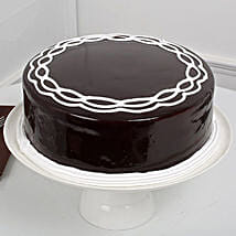 Chocolate Cake: Send Mothers Day Gifts to Nagpur