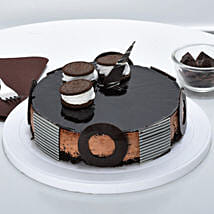 Chocolate Oreo Mousse Cake: cakes to Thiruvalla