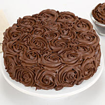 Chocolaty Rose Cake: New Year Cakes to Dehradun