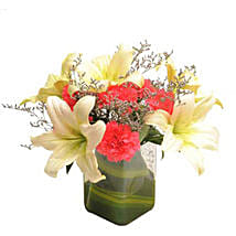 Contemporary Elegance: Send Valentine Flowers to Ambala