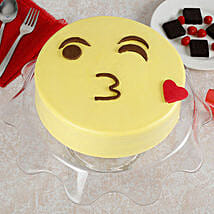 Cute Kiss Emoji Cream Cake: