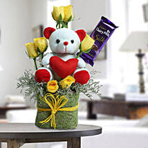 Cute Teddy Surprise: Mothers Day Chocolate Bouquet