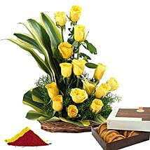 Delectable Holi Combo: Send Flowers & Sweets for Holi