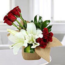 Delightful Flowers Vase Arrangement: Grand Parents Day Gifts