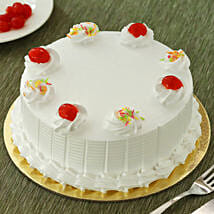 Fresh Vanilla Cake: Eggless Cakes for Anniversary