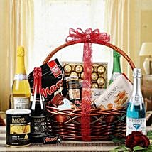 Glee of Exotic Gourmet: Send Gift Baskets to Ahmedabad