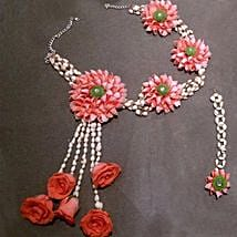 Graceful Floral Jewelry Set: Floral Jewellery
