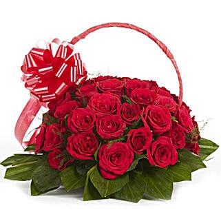 Graceful Grandeur: Valentine Flowers Panipat