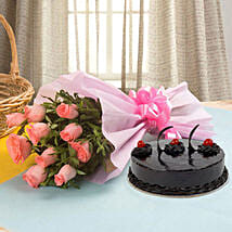 Illustrious Love Combo: Send Birthday Cakes to Udaipur