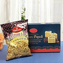 Khatta Meetha Combo: Holi Gifts to Lucknow