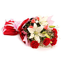 Lovely Blooming Bunch: Send Valentine Flowers to Ambala