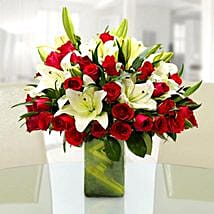 Majestic and Classic: Boss Day Flowers