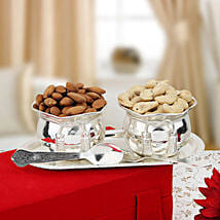 Nuts and Bowls: Send Karwa Chauth Sargi
