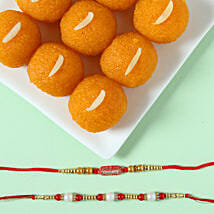 Pearl & Ethnic Rakhi With Moti Choor Laddu: Rakhi With Sweets Ludhiana