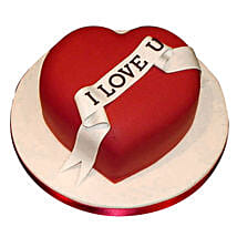 Red Heart love you Valentine cake: Send Anniversary Cakes for Her