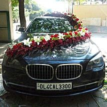 Red n White Floral Car Decor: Car Decoration