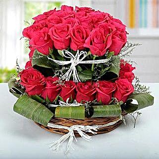 Rose Basket Arrangement: Valentine Gifts for Wife