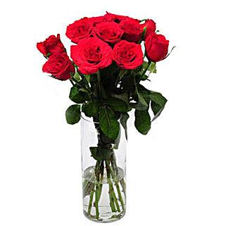 Rose Delight: Send Flowers to Mathura