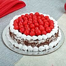 Special Blackforest Cake: New Year Cakes to Dehradun