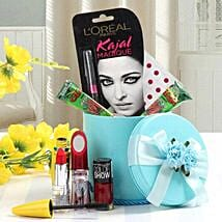 Splendid Hamper: Karwa Chauth Gifts Chandigarh