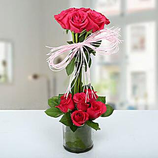 Splendid Rose Arrangement: Independence Day Gifts