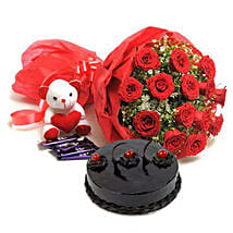 Red Roses Romantic Combo: Send Gifts to Vapi
