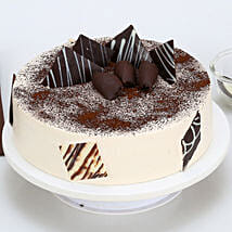 Tiramisu Cake: Send Birthday Cakes to Thane