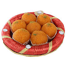 Tray Full Of Kesariya Motichoor Ladoo: Send Karwa Chauth Gifts to Indore