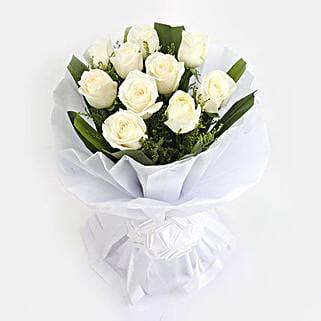 White Roses Bunch: White Roses