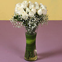 White Roses: Gifts for Cancerians