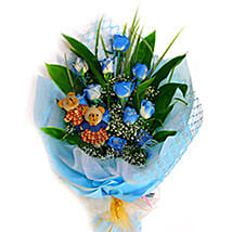 Blue Charming Bouquet: Mothers Day Flowers to Malaysia